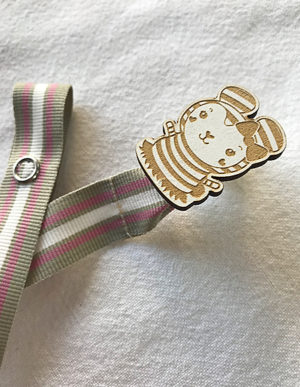 Cutie Pie Dummy Clip W/Pink Ribbon