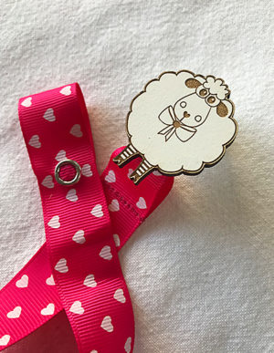 Sheep Dummy Clip W/Bright Pink & Hearts Ribbon